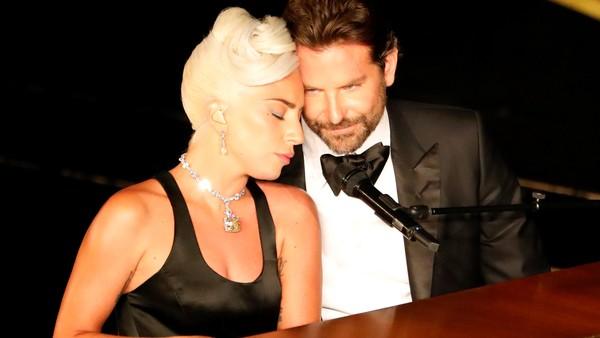 Oscar 2019: Lady Gaga y  Bradley Cooper protagonizaron el momento más emotivo de la noche