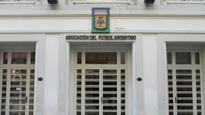 Descartan que un club de venezolanos participe de los torneos de AFA