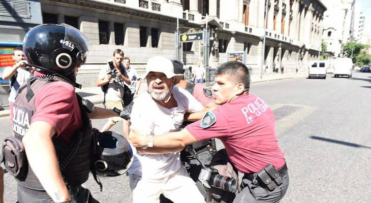 Otra represión en la Caba