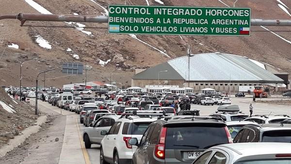 Les robaron el auto en Chile y la aduana les quiere cobrar una multa más cara que el coche