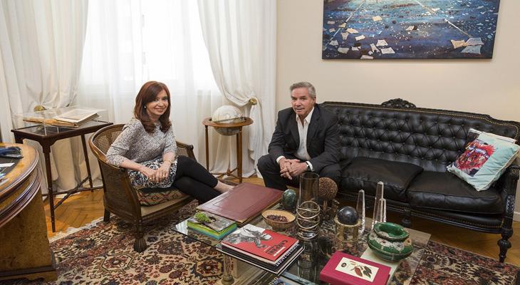 CFK y Solá hicieron oficial su acercamiento