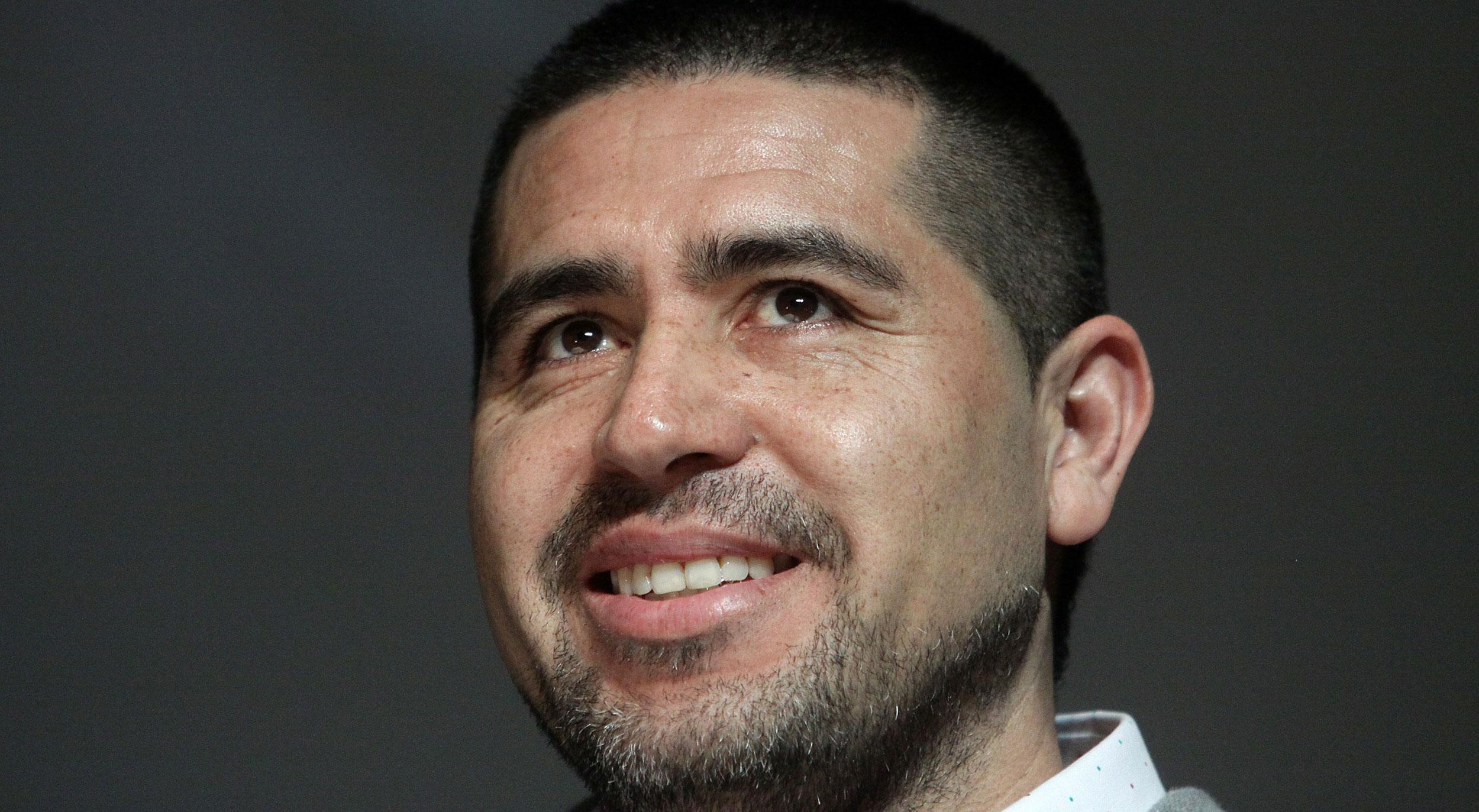 """La despedida de Riquelme será el 12 de diciembre: """"No sé por qué le caigo tan bien al hincha de Boca"""""""