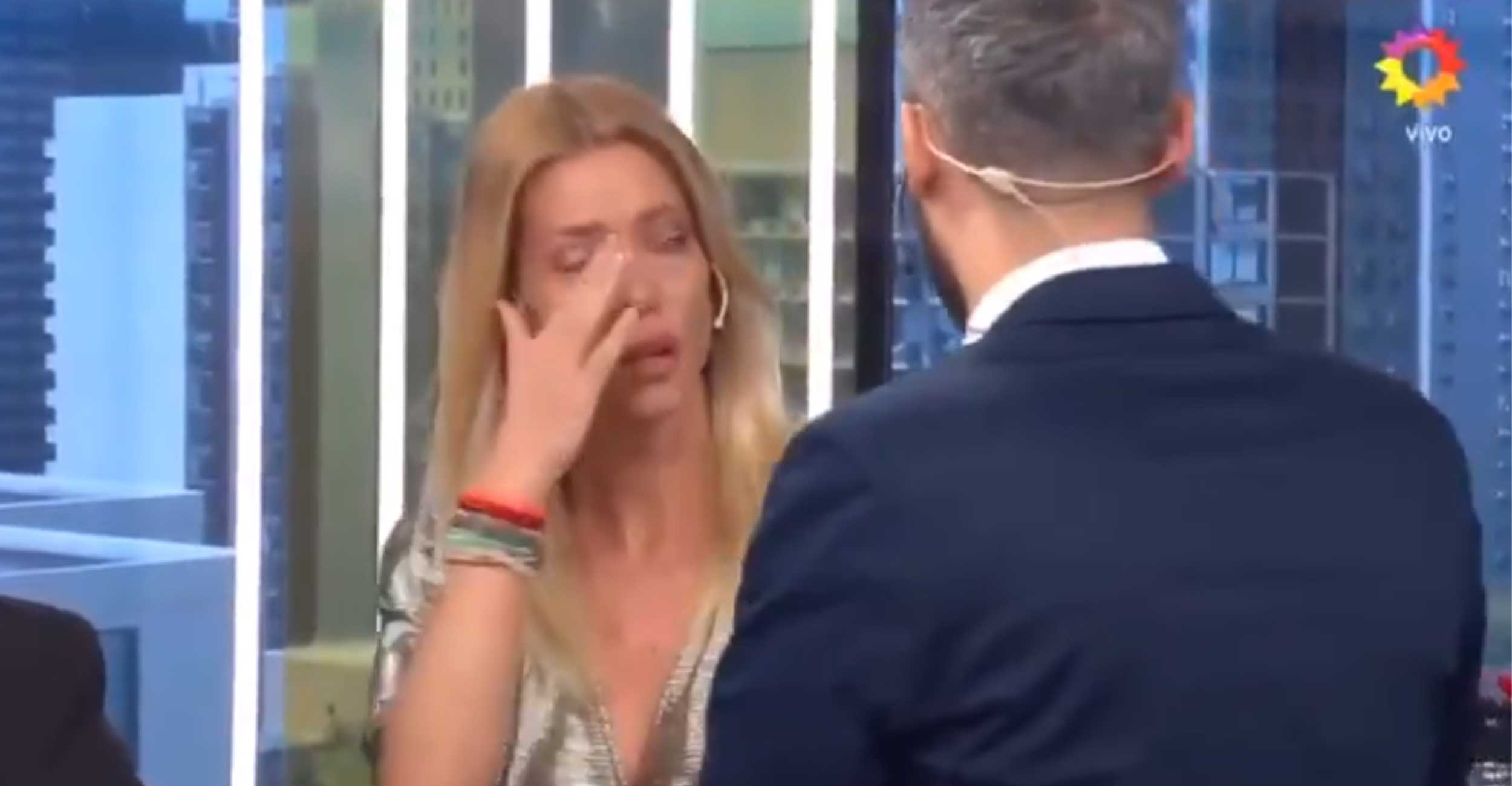 Se supo por qué Nicole se fue llorando de su programa