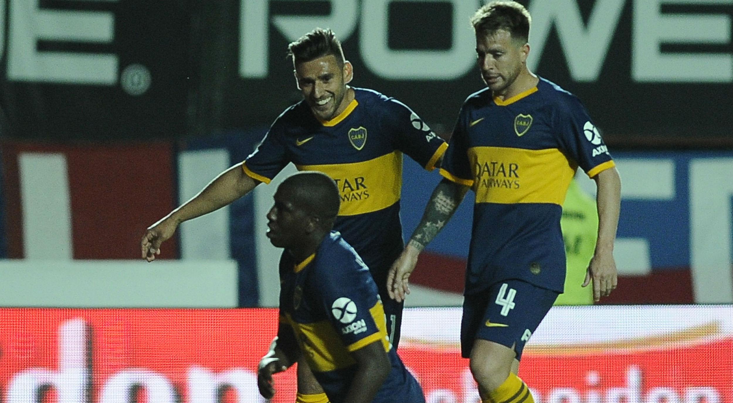 Boca le ganó 2-0 a San Lorenzo y recuperó la punta de la Superliga