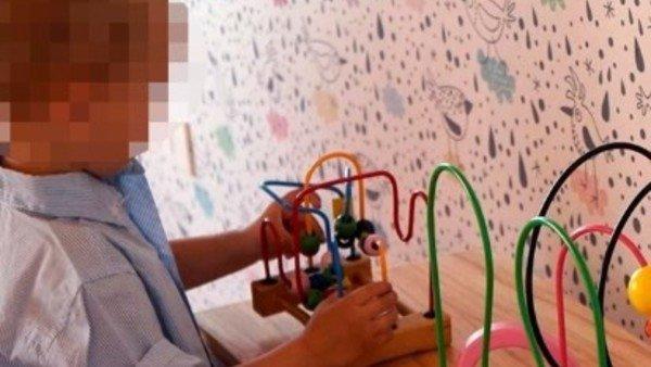 """La Justicia multó a un jardín maternal privado por """"expulsar"""" a una nena que lloraba mucho"""
