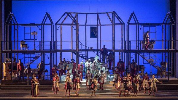 Don Pasquale: una ópera reducida a lo esencial