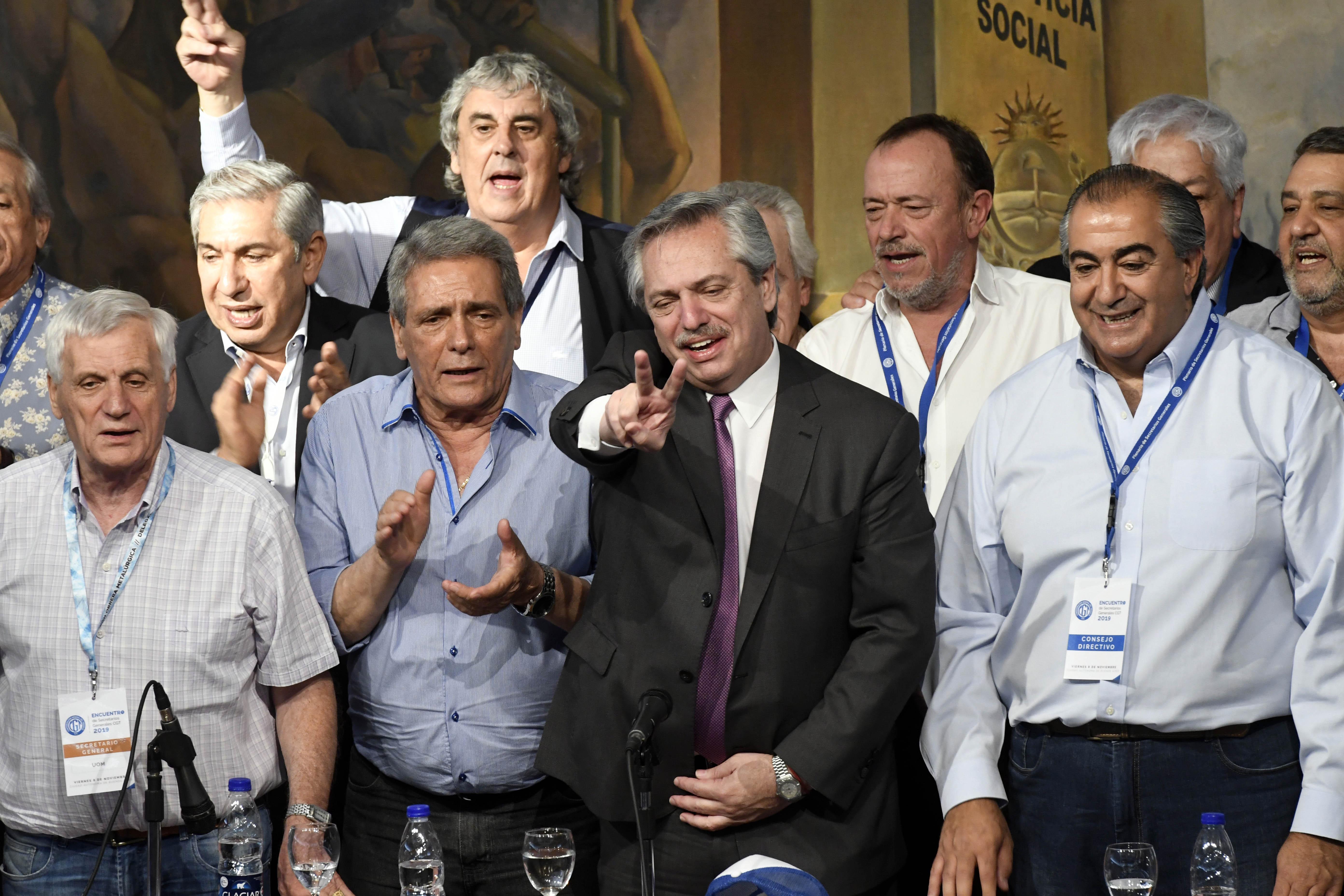 Fernández refrendó alianza con la CGT y enalteció a Cristina