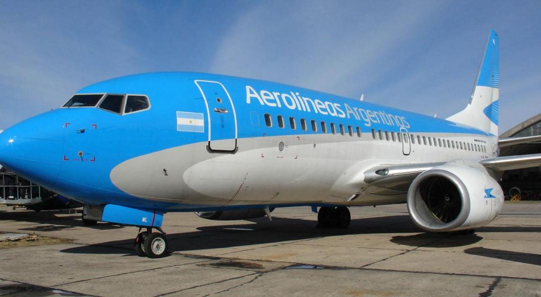 """El presidente de Aerolíneas pidió """"máximo esfuerzo"""" en medio de la """"difícil situación"""""""
