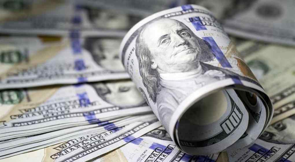 luego-de-las-nuevas-medidas-de-guzman,-leves-bajas-de-los-dolares-financieros