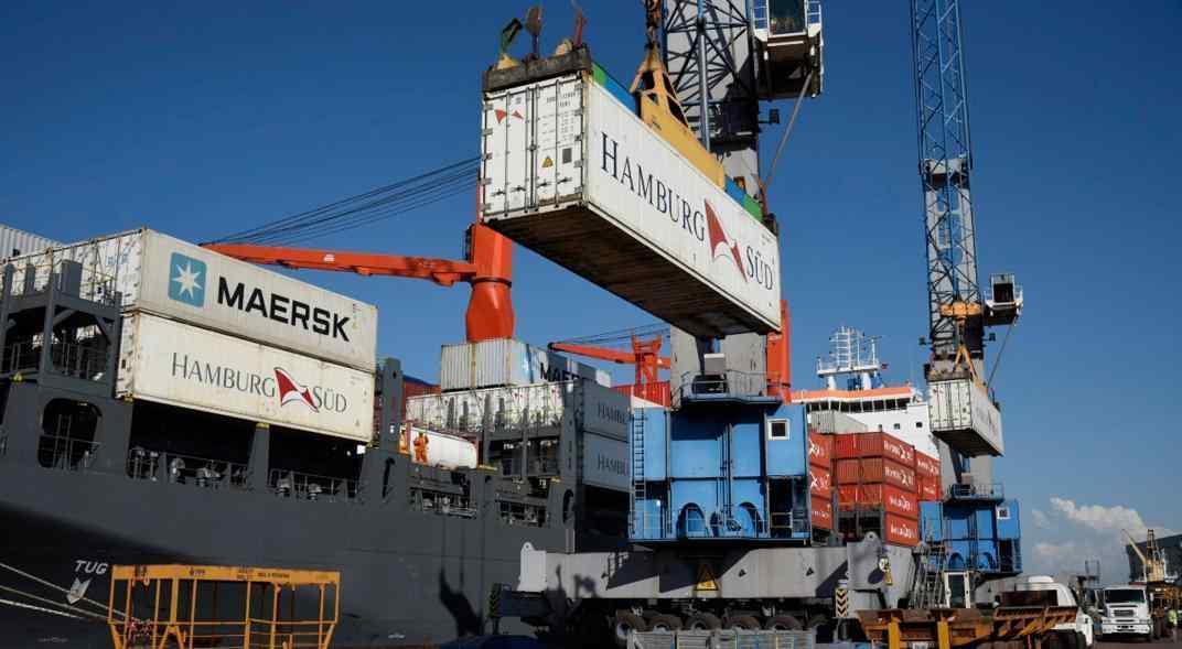suba-de-importaciones-y-deterioro-de-las-exportaciones-redujo-el-superavit-comercial-de-2020
