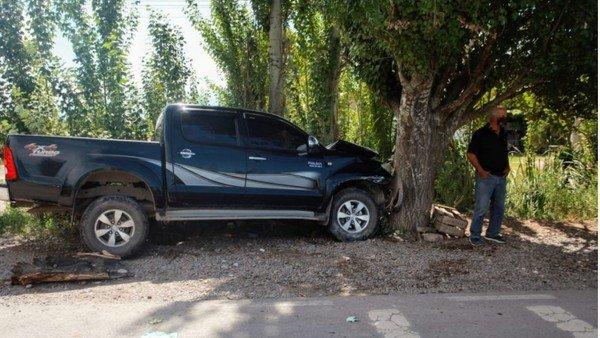 tragedia-en-mendoza:-una-camioneta-atropello-a-una-familia-que-esperaba-el-colectivo-y-murio-un-nene-de-3-anos