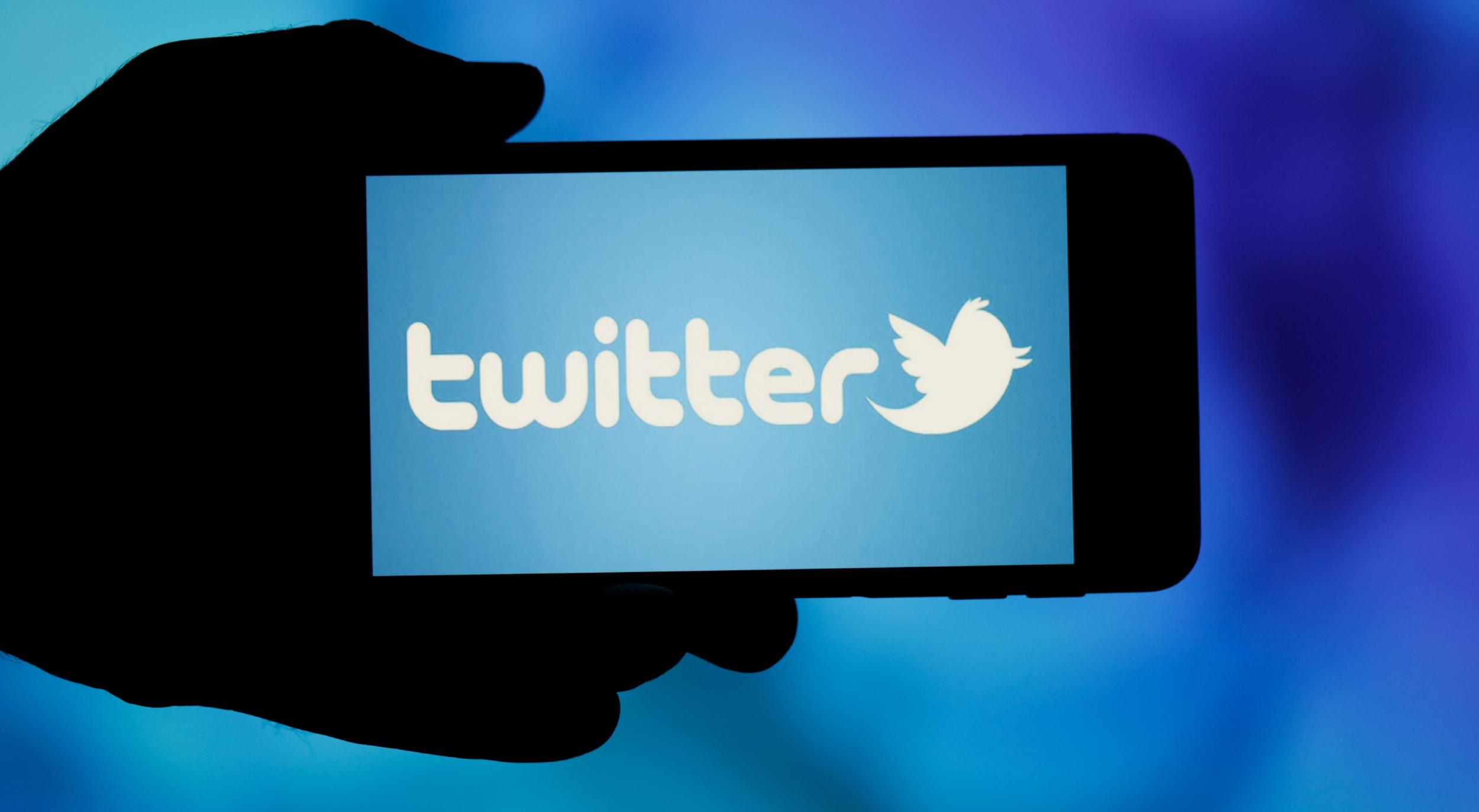 """twitter-tantea-el-uso-de-""""reacciones""""-con-emoji-al-estilo-facebook"""