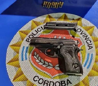 armado,-casi-atropella-a-los-policias-al-intentar-huir