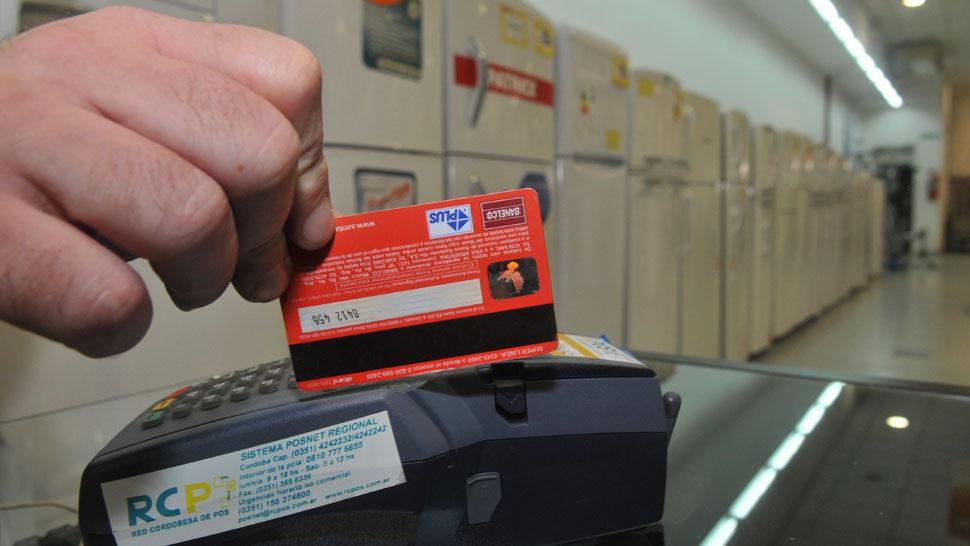 acortan-a-8-dias-el-plazo-para-que-los-comercios-cobren-sus-ventas-con-tarjeta-de-credito