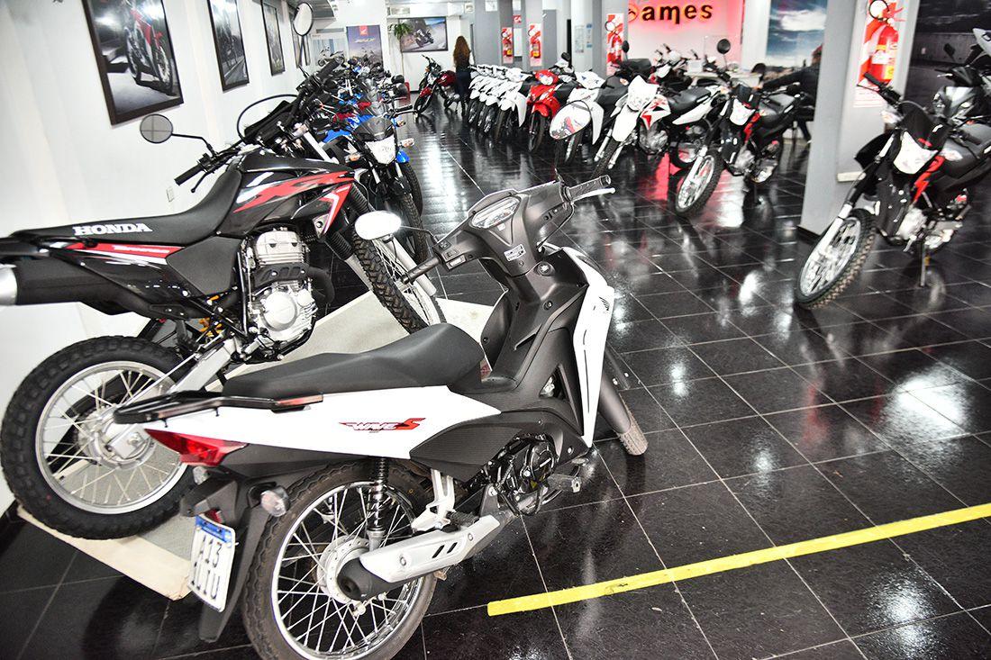 motos:-el-repunte-comercial-encuentra-a-la-industria-de-cordoba-con-menos-componentes