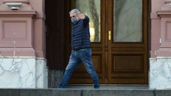 """Aníbal Fernández aseguró que no cambiará a las cúpulas de las fuerzas de seguridad: """"No está para andar inventando nada"""""""