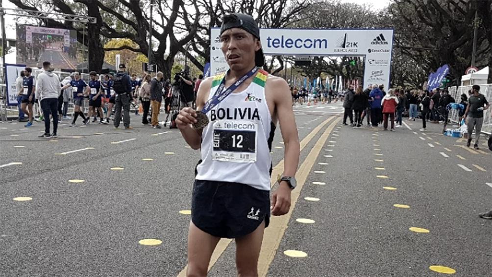 el-boliviano-garibay-gano-el-maraton-internacional-de-buenos-aires