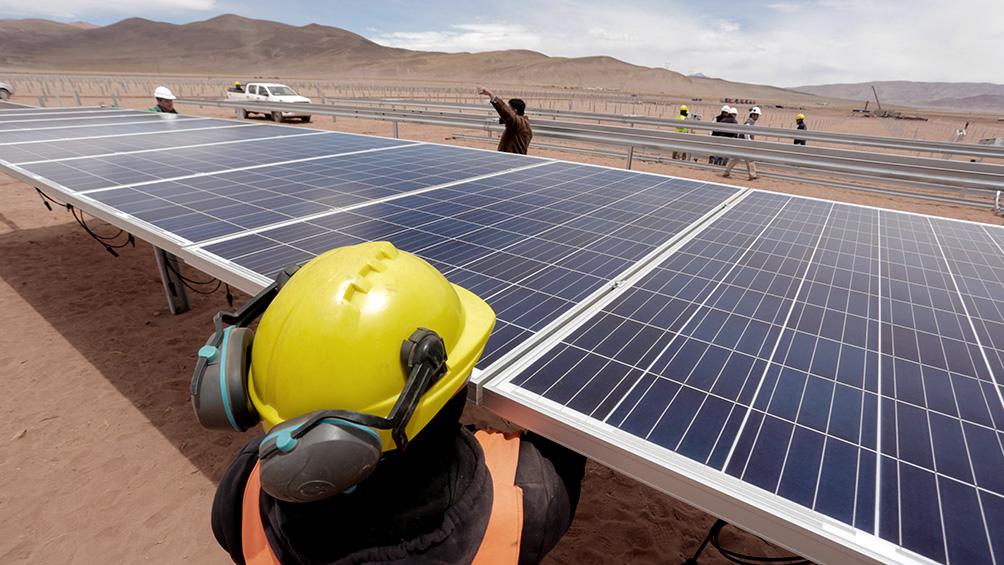 el-parque-fotovoltaico-cauchari-cumple-un-ano-y-avanza-la-construccion-de-la-segunda-etapa