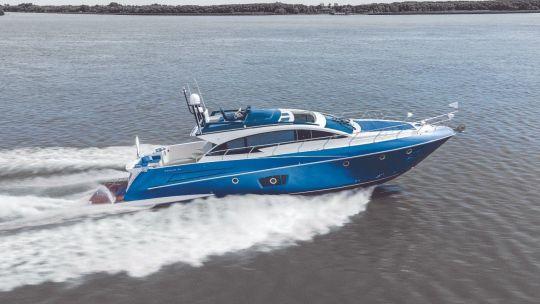 asi-es-el-segue-62-sport-flybridge:-el-barco-numero-1.000