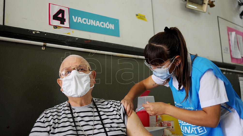 """vizzotti,-sobre-la-tercera-dosis:-""""estamos-evaluando-un-refuerzo-de-todas-las-vacunas"""""""