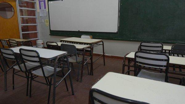deberan-indemnizar-a-una-docente-a-la-que-le-impidieron-trabajar-por-su-sobrepeso