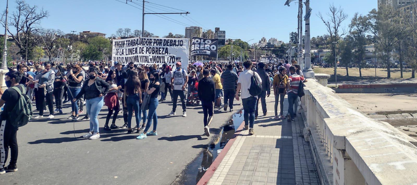 """protesta-nacional:-organizaciones-sociales-marchan-por-""""trabajo-genuino"""""""